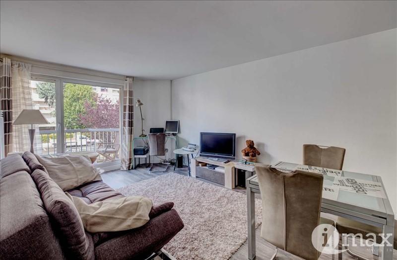 Sale apartment Courbevoie 350000€ - Picture 2