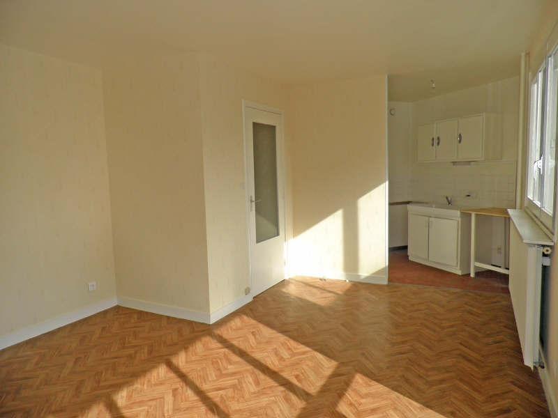 Location appartement Le puy en velay 274,75€ CC - Photo 2