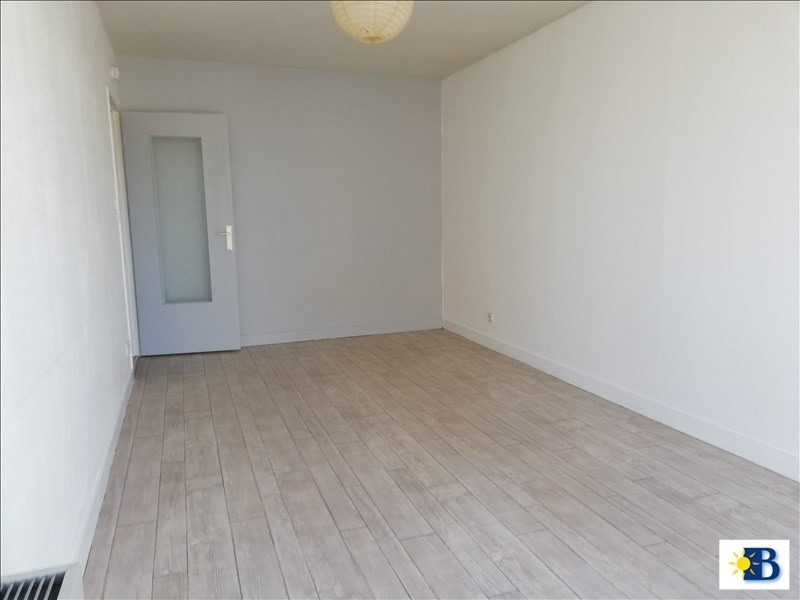Location appartement Chatellerault 335€ CC - Photo 2