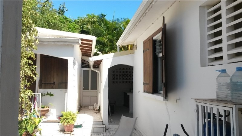 Investment property house / villa Baillif 330000€ - Picture 5