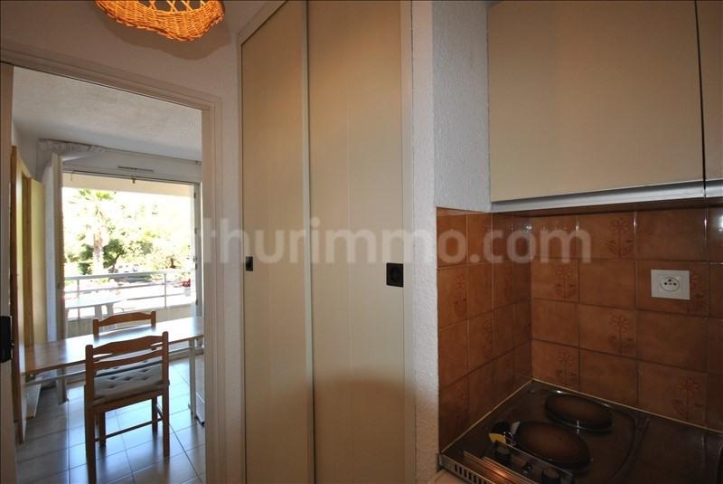 Sale apartment St raphael 89000€ - Picture 2