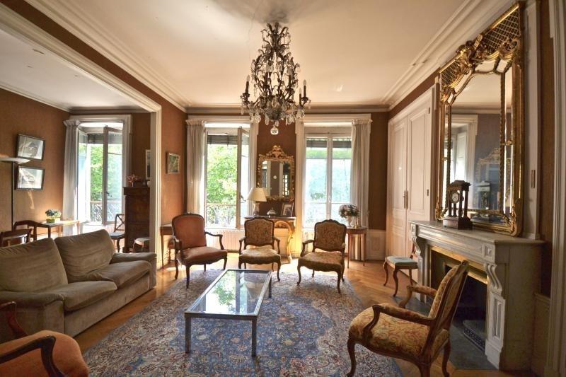Deluxe sale apartment Lyon 6ème 625000€ - Picture 1