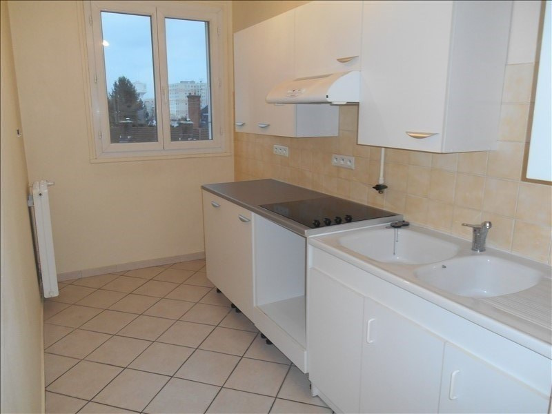 Rental apartment Saint andre les vergers 430€ CC - Picture 1