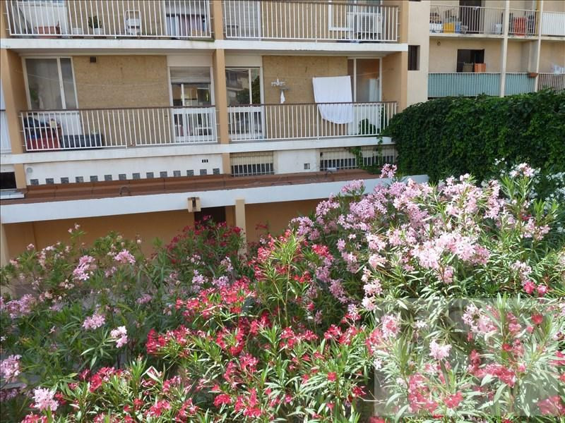 Sale apartment Aix en provence 57 100€ - Picture 1