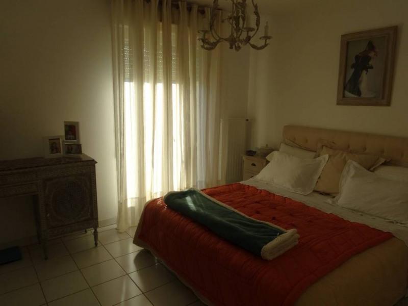 Alquiler  apartamento Villeneuve-les-avignon 890€ CC - Fotografía 4