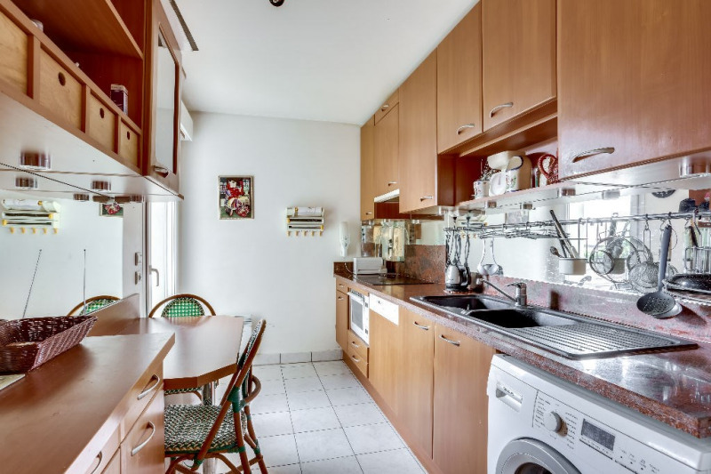 Deluxe sale apartment Courbevoie 1 082 000€ - Picture 5
