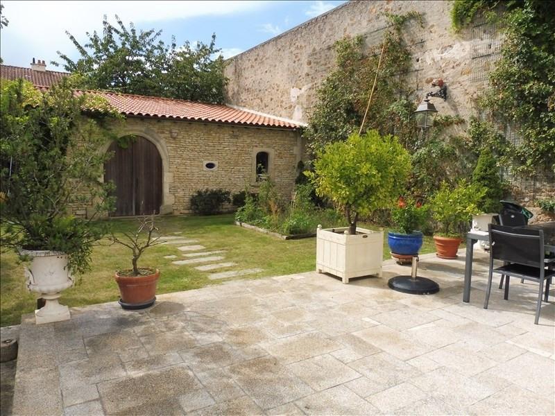 Vente de prestige maison / villa La roche sur yon 618000€ - Photo 1