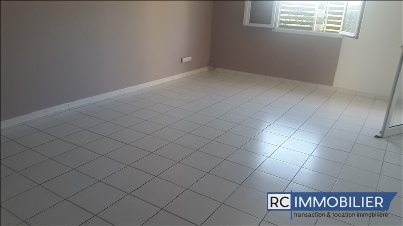 Location appartement St benoit 760€ +CH - Photo 10