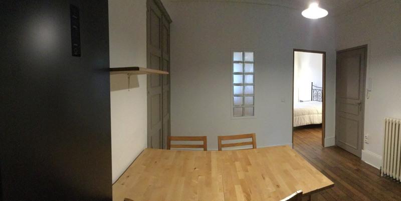 Location appartement Fontainebleau 1070€ CC - Photo 3