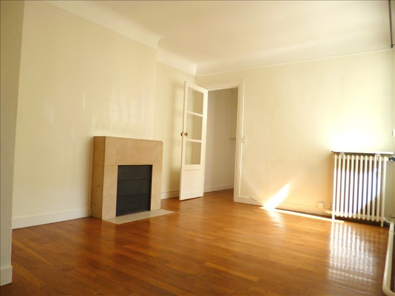 Alquiler  apartamento Paris 18ème 1515€ CC - Fotografía 1