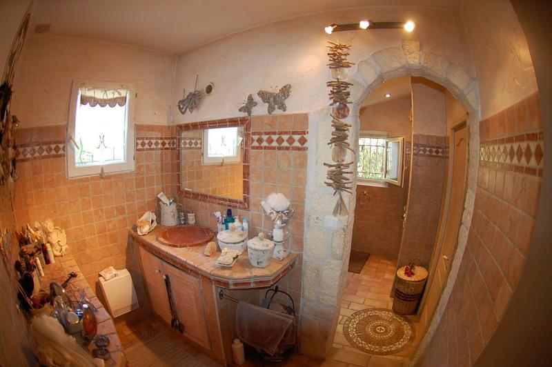 Sale house / villa Six fours 360000€ - Picture 7