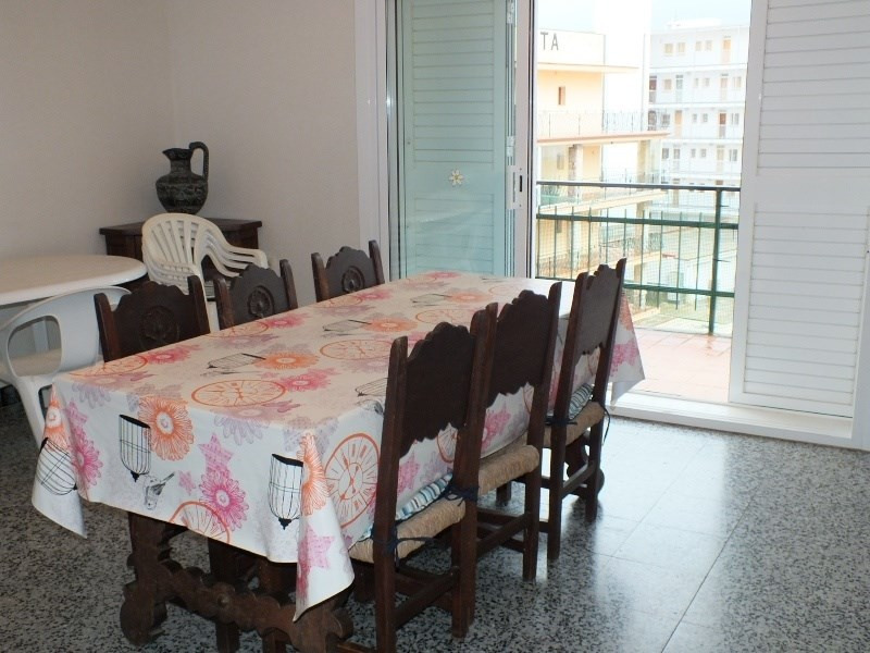 Location vacances appartement Roses santa-margarita 312€ - Photo 4