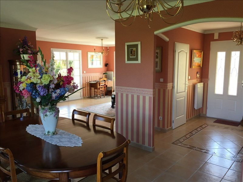 Vente maison / villa Liguge 399900€ - Photo 5