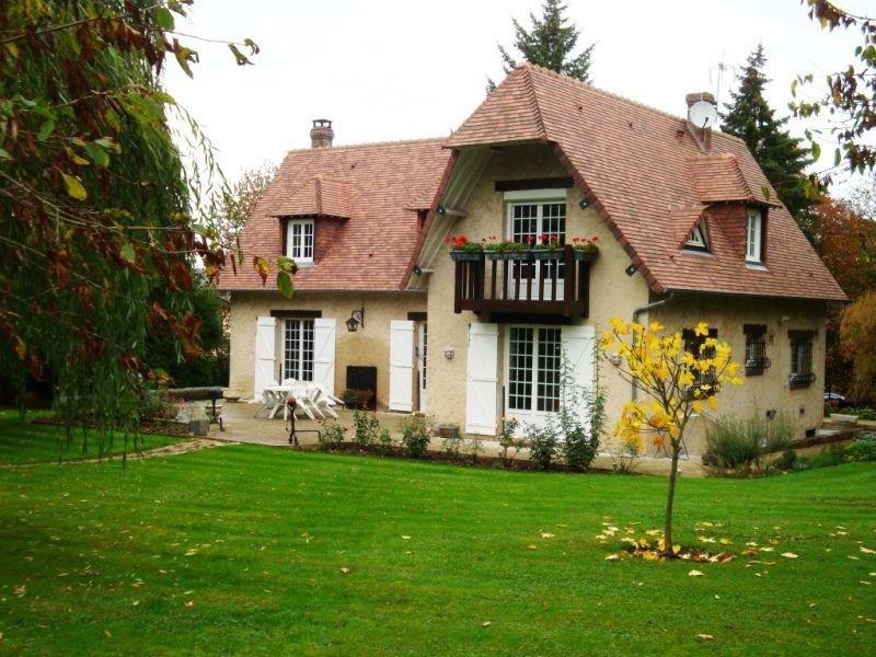 Sale house / villa Conches en ouche 359900€ - Picture 1
