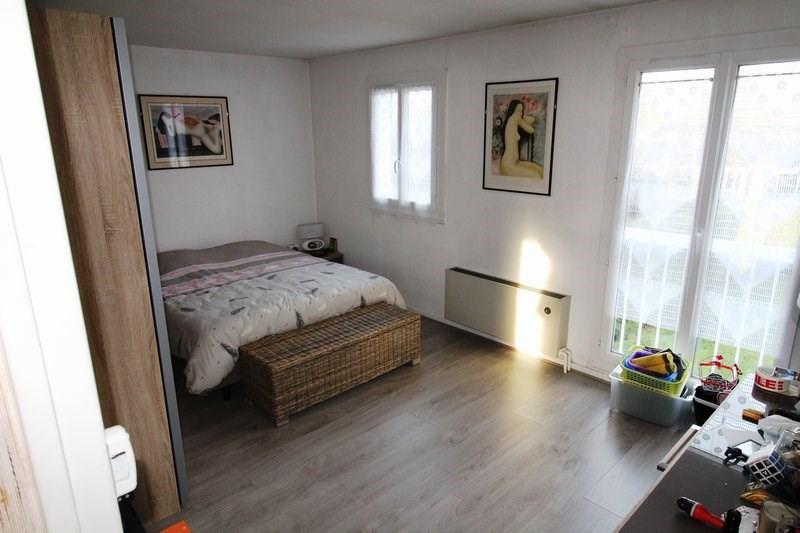 Rental house / villa Le mesnil st denis 1845€ CC - Picture 8