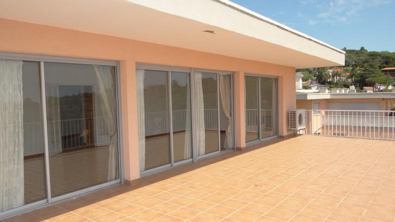 Sale apartment Cavalaire 580000€ - Picture 4