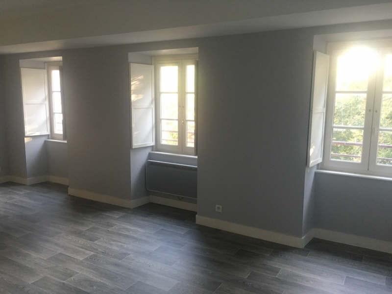Rental apartment Poitiers 690€ CC - Picture 2