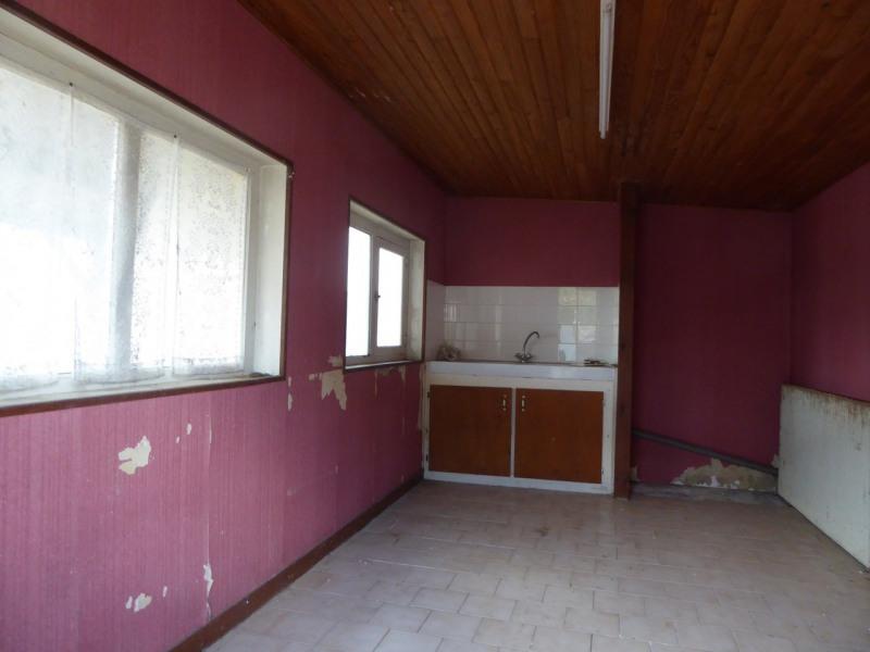 Vente maison / villa Burie 117480€ - Photo 12
