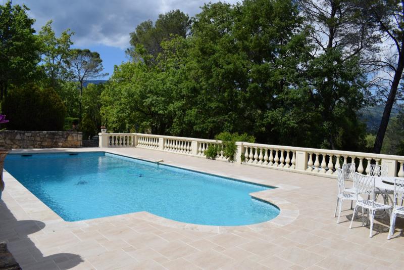 Revenda residencial de prestígio casa Fayence 695000€ - Fotografia 8