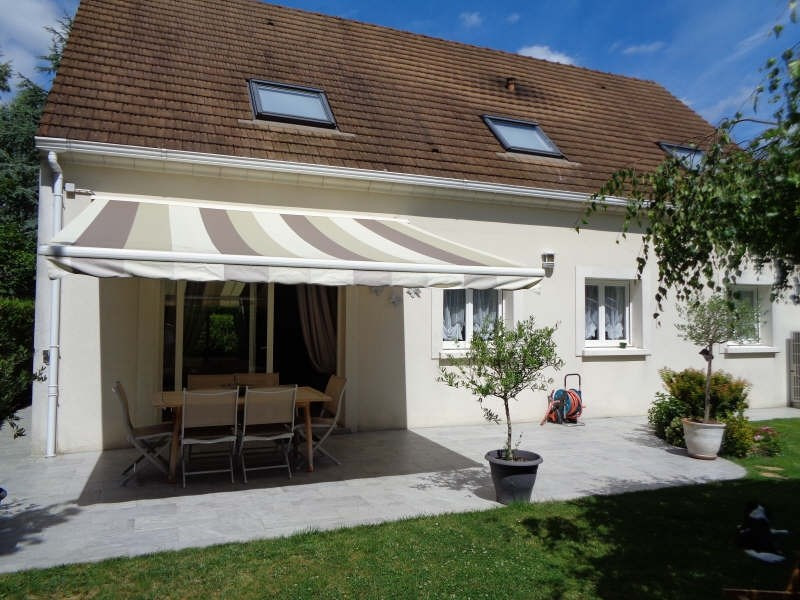 Sale house / villa Lesigny 525 000€ - Picture 1