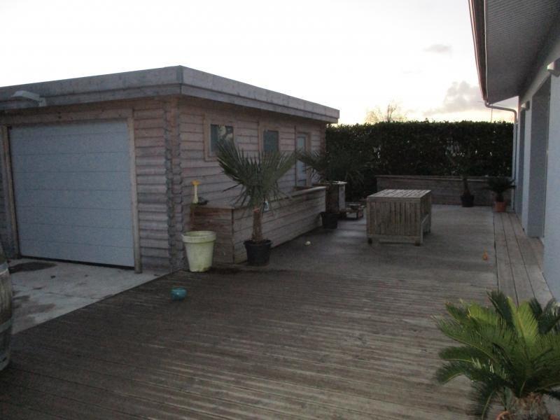 Sale house / villa St andre de cubzac 228000€ - Picture 2