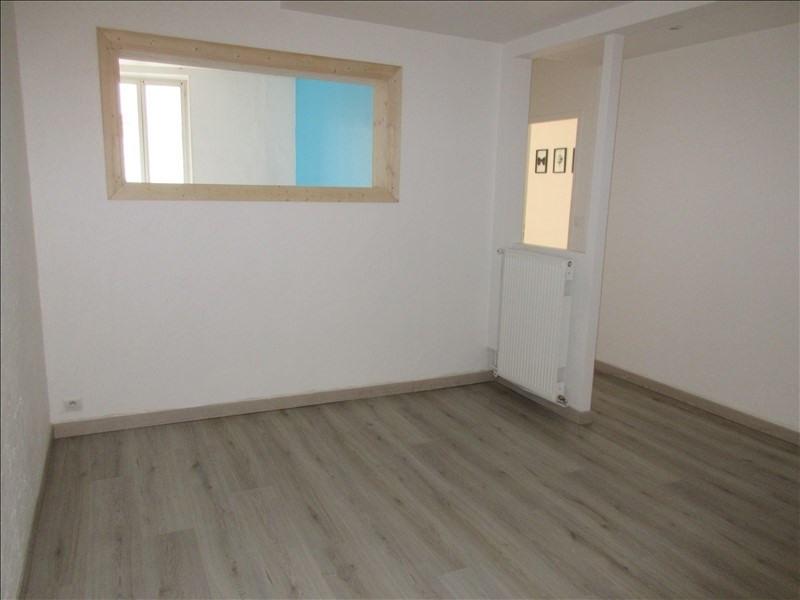 Verkoop  appartement Voiron 117000€ - Foto 3