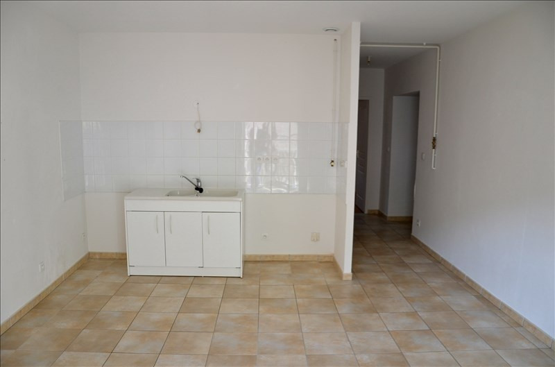 Location appartement Nantua 525€ CC - Photo 4