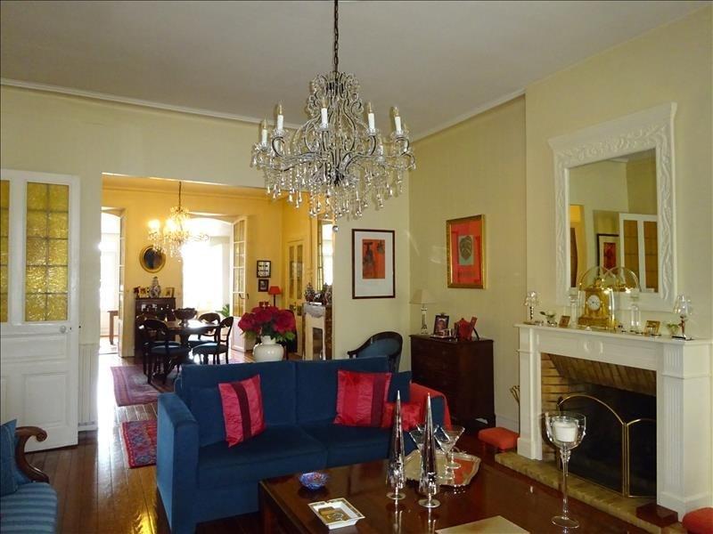 Deluxe sale house / villa Brest 610000€ - Picture 2