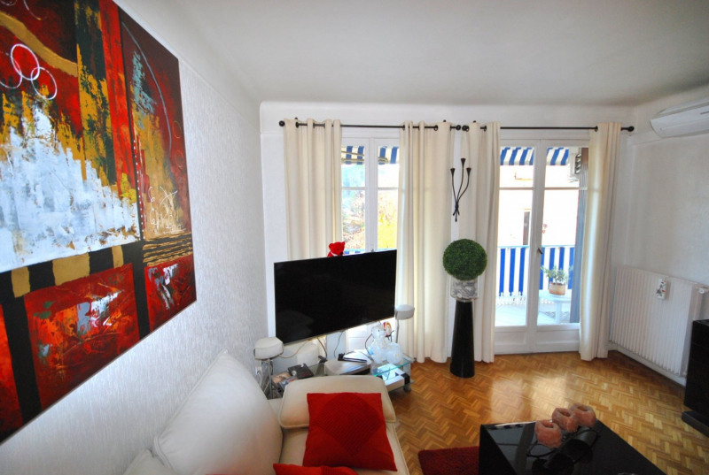 Verkoop  appartement Juan-les-pins 199000€ - Foto 2