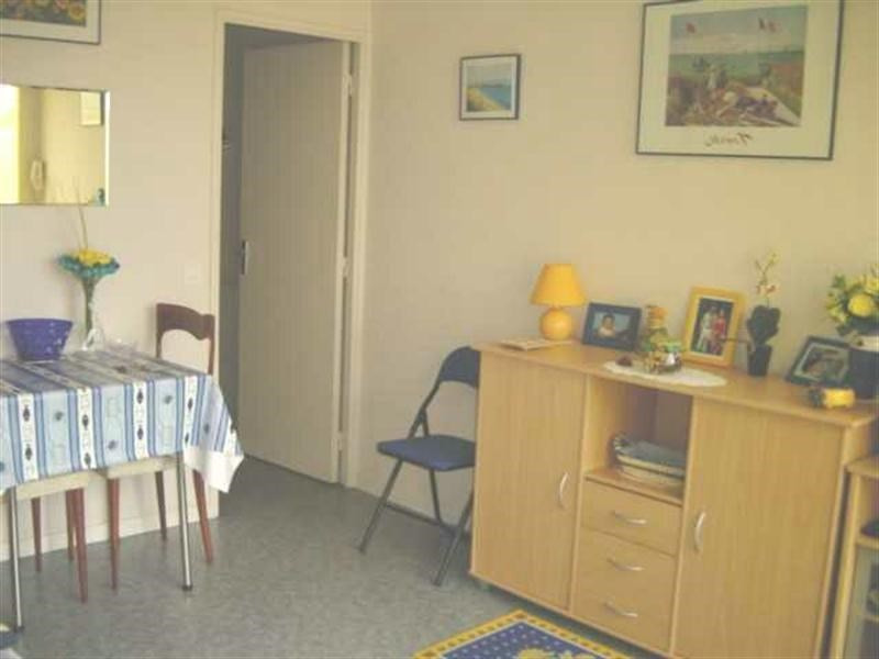 Vacation rental apartment Royan 398€ - Picture 1