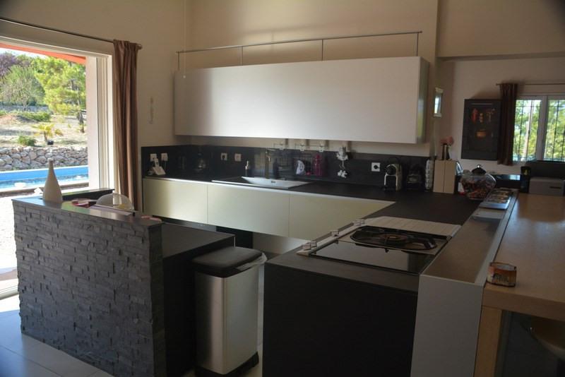 Revenda residencial de prestígio casa Montauroux 565000€ - Fotografia 5