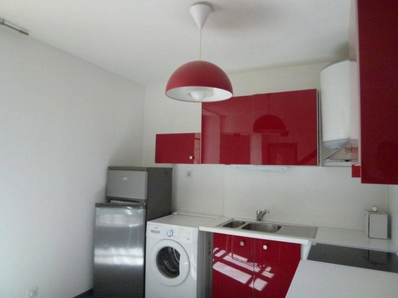 Location appartement Saint-laurent-du-pont 389€ CC - Photo 5