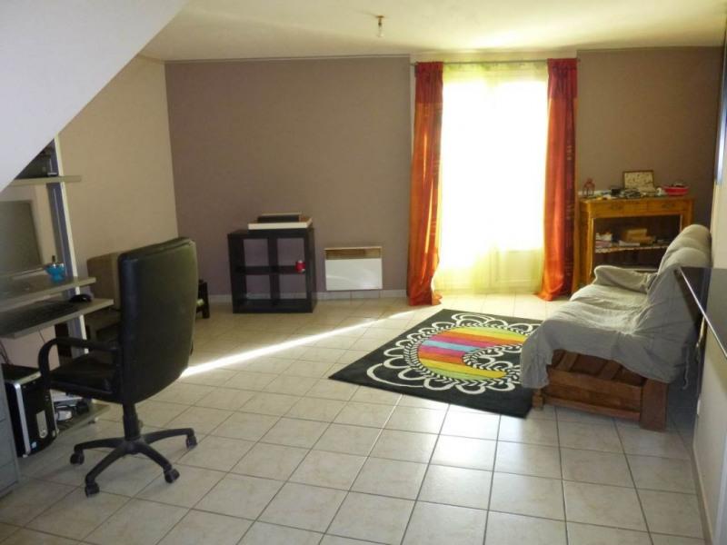 Rental apartment Entraigues sur la sorgue 490€ CC - Picture 1