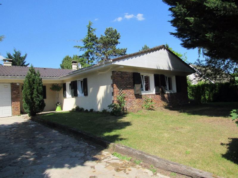 Sale house / villa Lesigny 402000€ - Picture 2