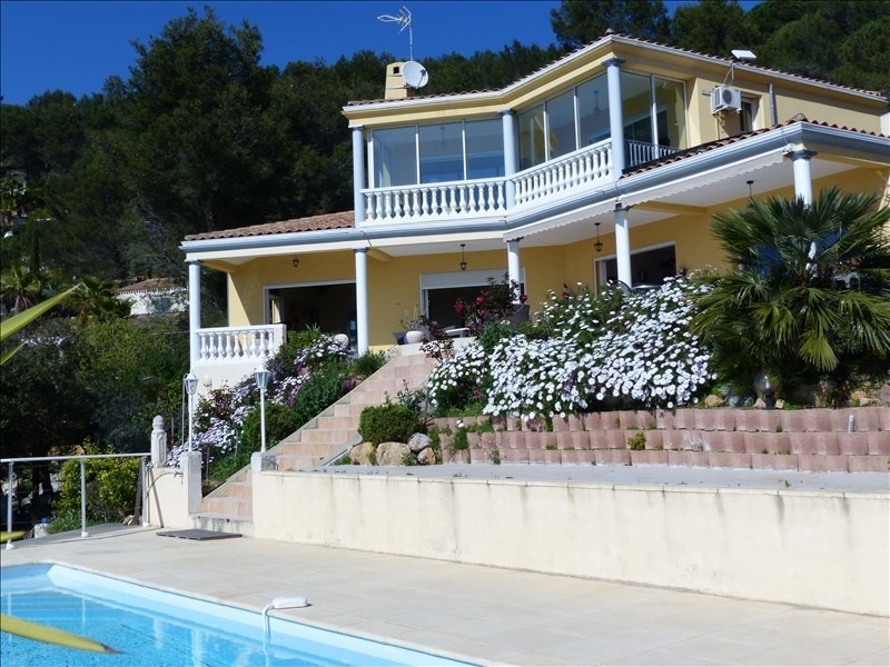 Deluxe sale house / villa Hyeres 1 570 000€ - Picture 1