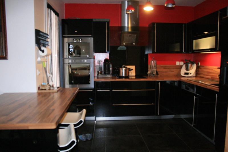 Vente maison / villa Les abrets 290000€ - Photo 7