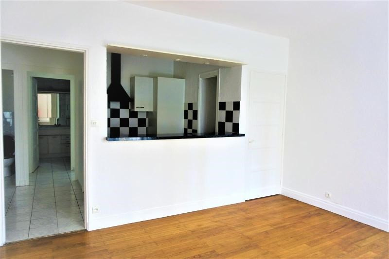 Location appartement Grenoble 603€ CC - Photo 1