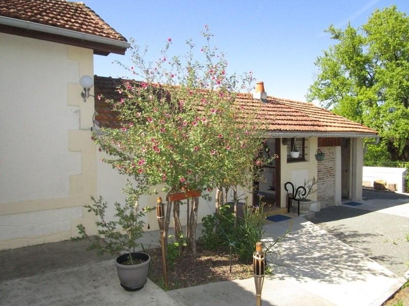 Vente maison / villa St barthelemy de bellegard 107000€ - Photo 2
