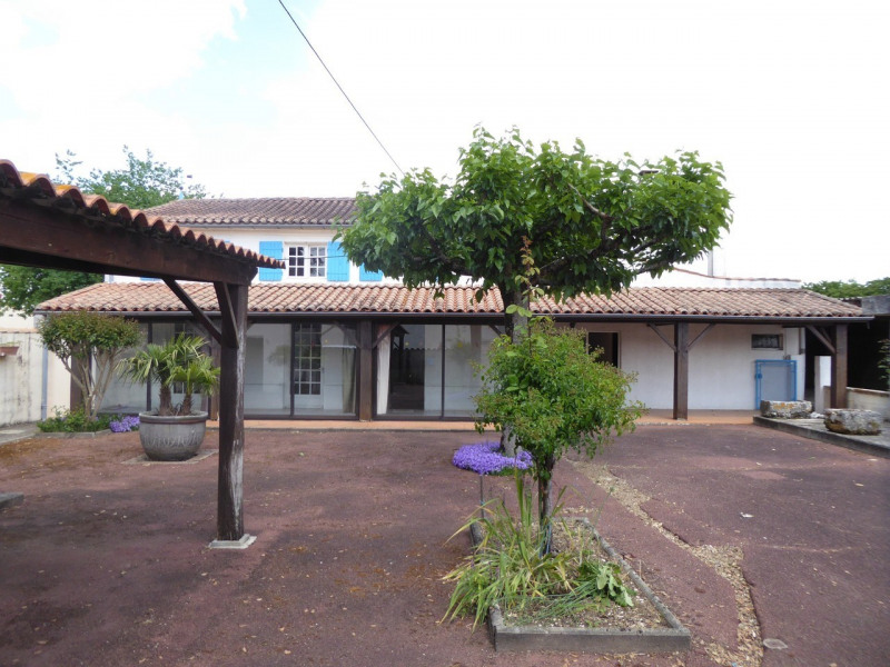 Vente maison / villa Burie 117480€ - Photo 22