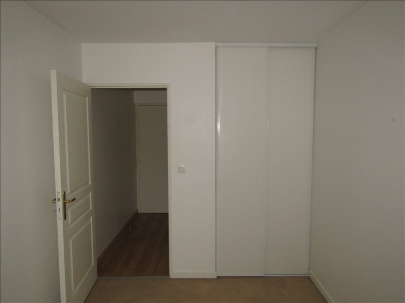 Location appartement Pontoise 798€ CC - Photo 5