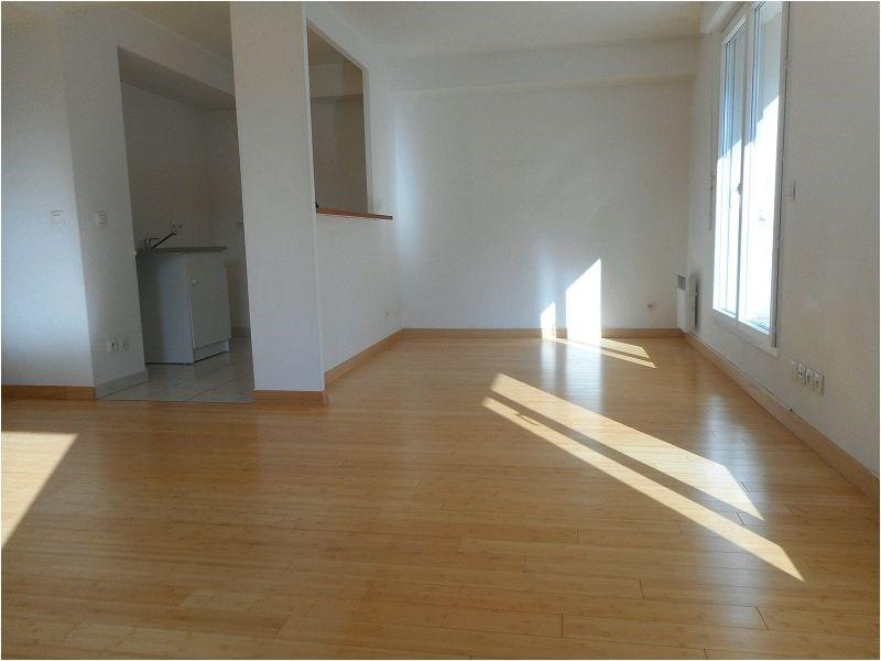 Rental apartment Juvisy sur orge 1063€ CC - Picture 2
