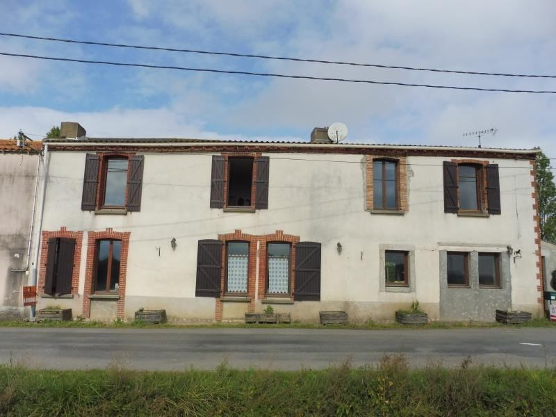 Vente maison / villa Le may sur evre 137 900€ - Photo 1