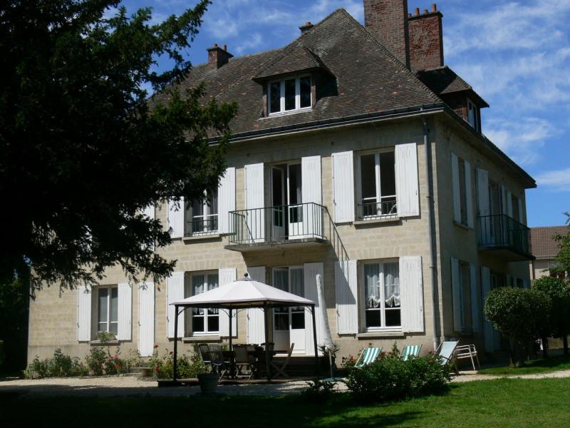 Sale house / villa Falaise 189900€ - Picture 1