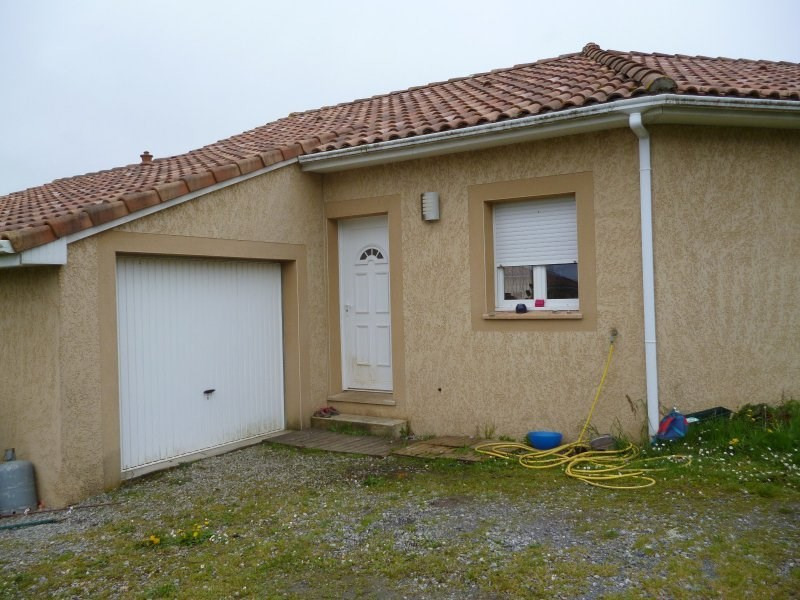 Location maison / villa Bordes 757€ CC - Photo 1