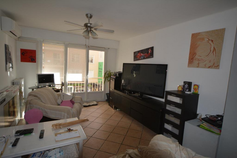 Sale apartment Antibes 245000€ - Picture 2