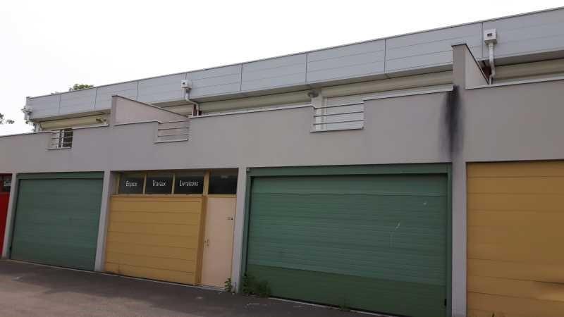 Location Local d'activités / Entrepôt Saint-Médard-en-Jalles 0