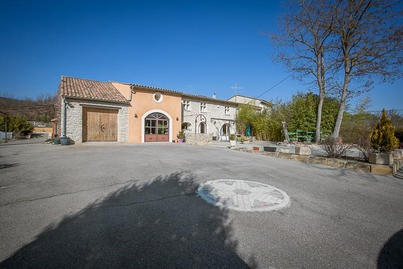 Verkoop van prestige  huis Le puy ste reparade 798000€ - Foto 2