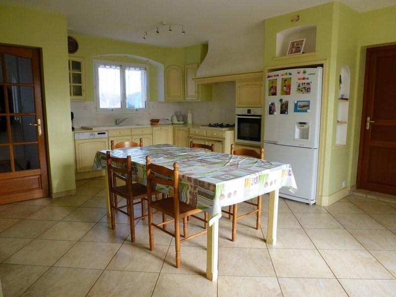 Sale house / villa Lapeyrouse mornay 295000€ - Picture 5