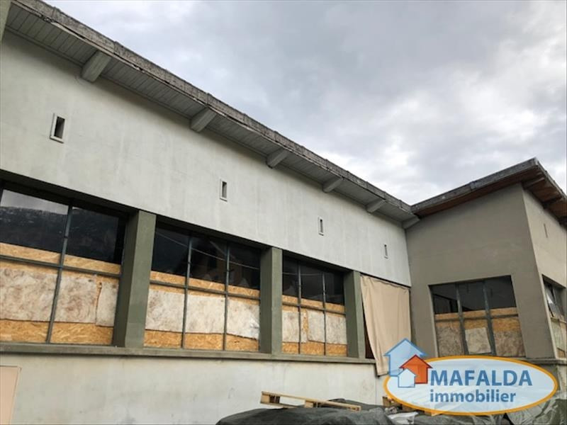 Vente local commercial Marnaz 455 000€ - Photo 2