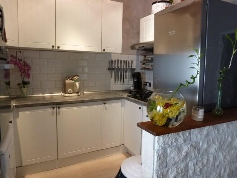 Sale apartment Tourves 133000€ - Picture 2